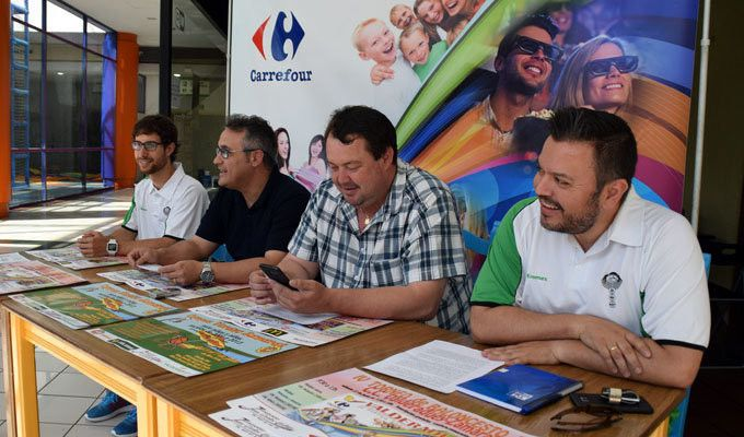 El cd zamarat oferta un campus urbano para este verano for Piscina sindical zamora