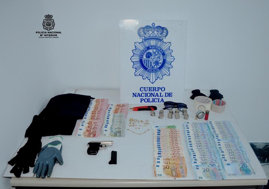 Foto Policía   atraco (Copy)