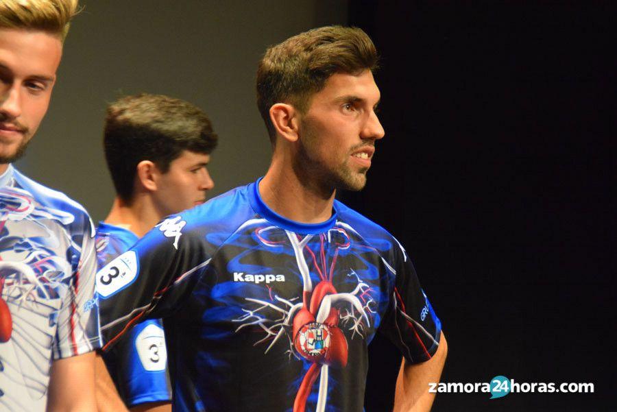 Se disparan las ventas de la camiseta \'anatómica\' del Zamora: más de ...