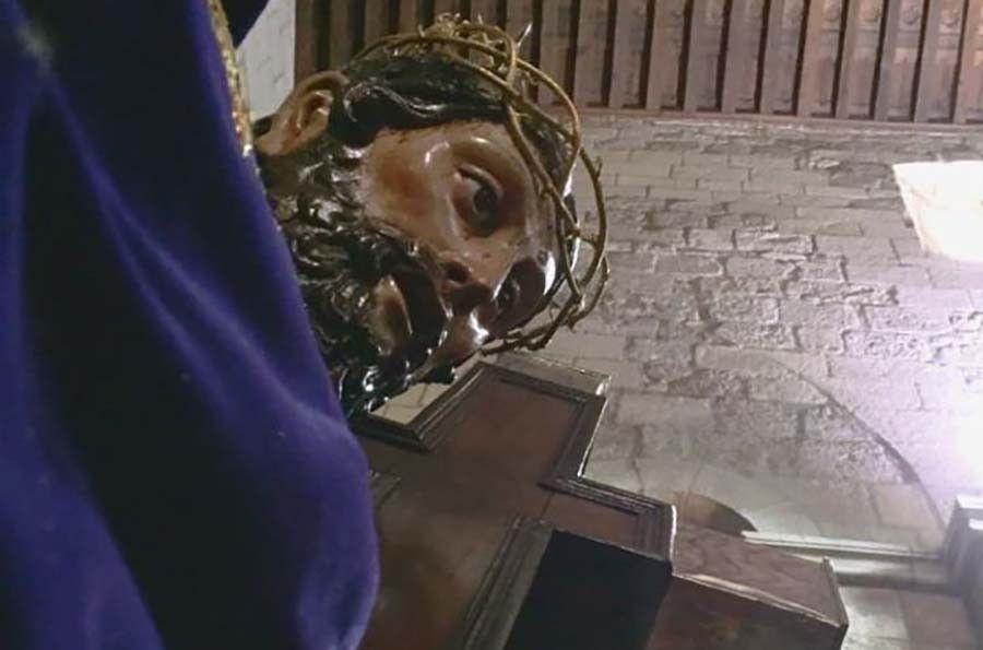 La Cofradía de la Santa Vera Cruz retira la imagen de Jesús Nazareno para proceder a su restauración - Zamora 24 Horas