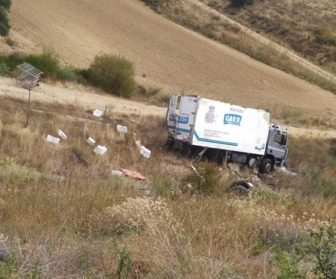 Accidente a66 camion coche (2)
