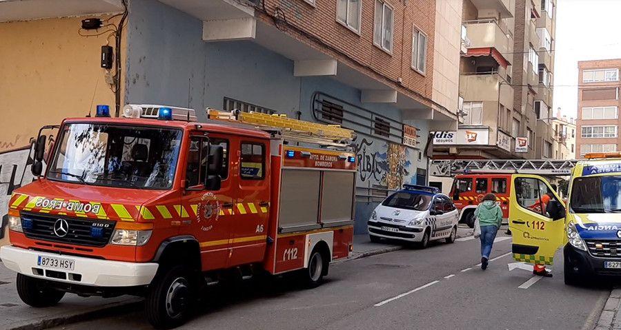 Ambulancia bomberos calle Toro