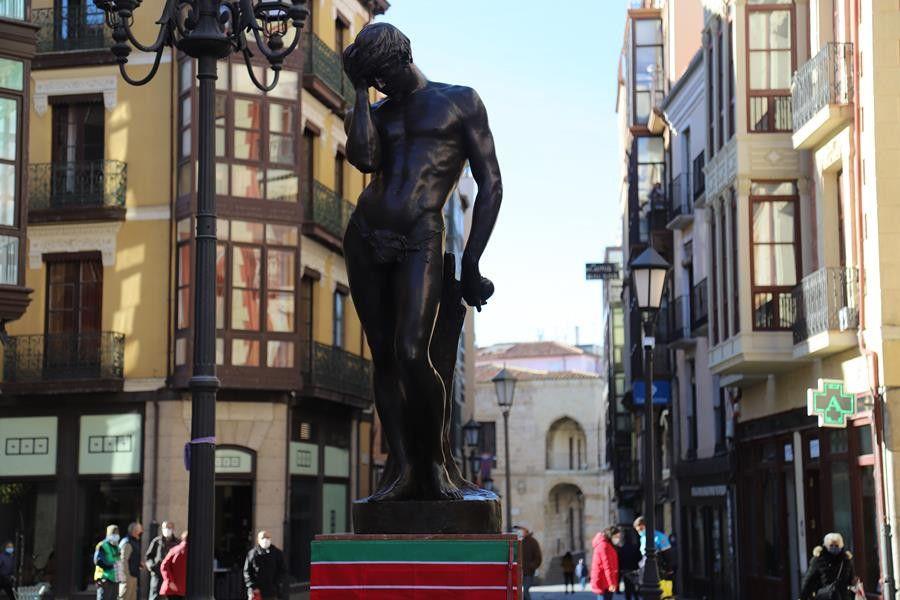 Sagasta escultura adan (6)